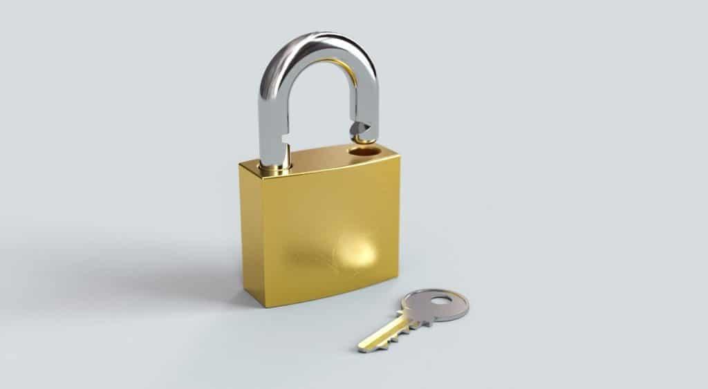 מפתח ומנעול